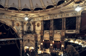 London Coliseum auditorium, ENO. Credit: Wikimedia Commons.